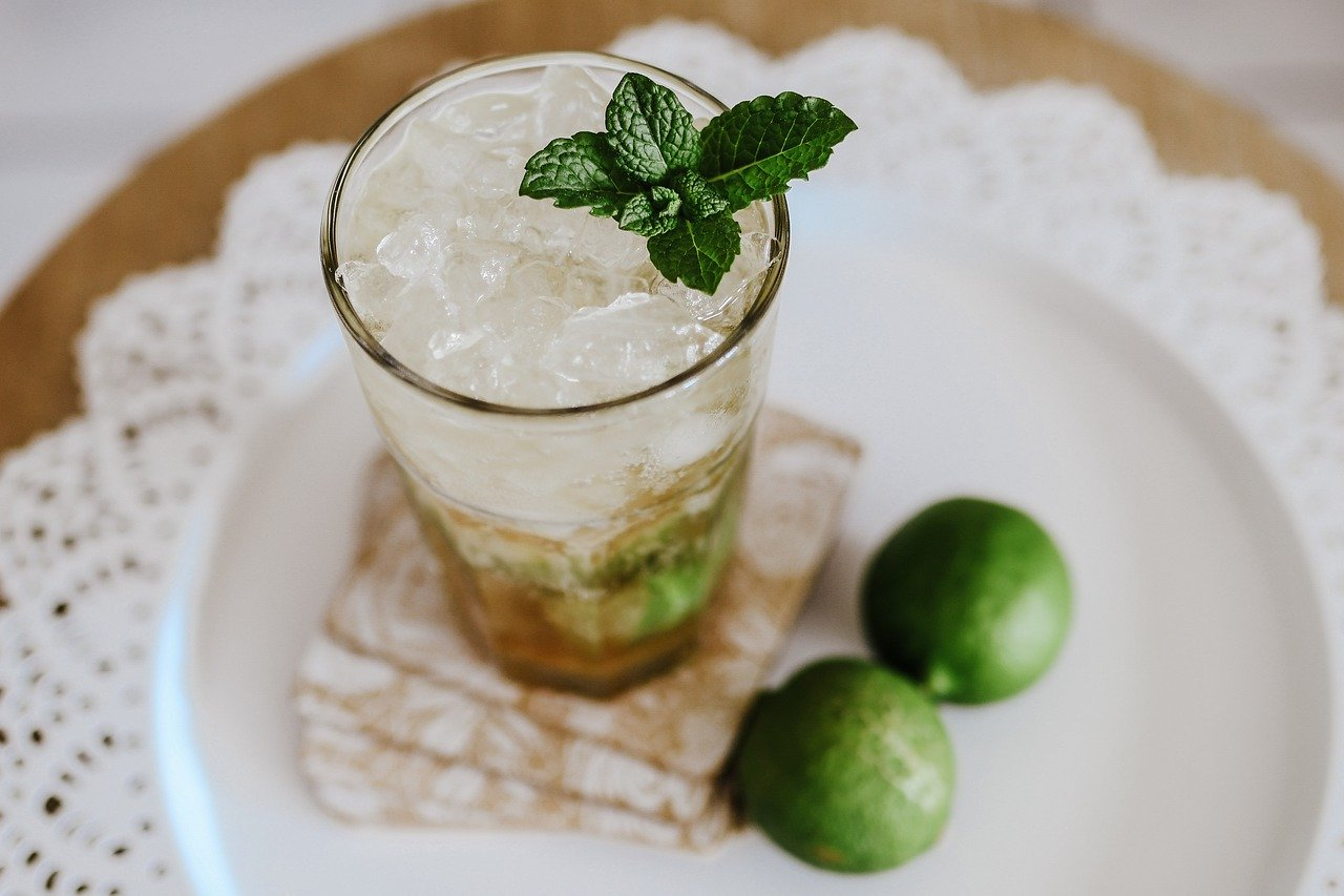 cocktail-mojito-cocktail-recipe-5096281.jpg